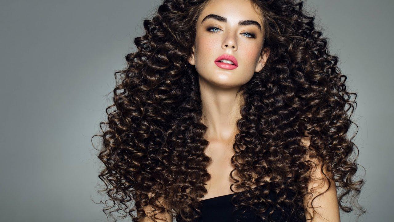 Uzun ve Kıvırcık Saçların Bakımı Nasıl Yapılır